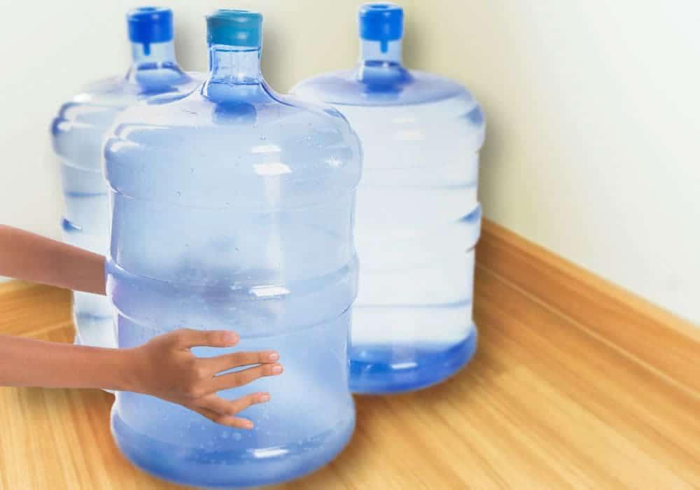 リターナブルボトルは保管スペースが必要です